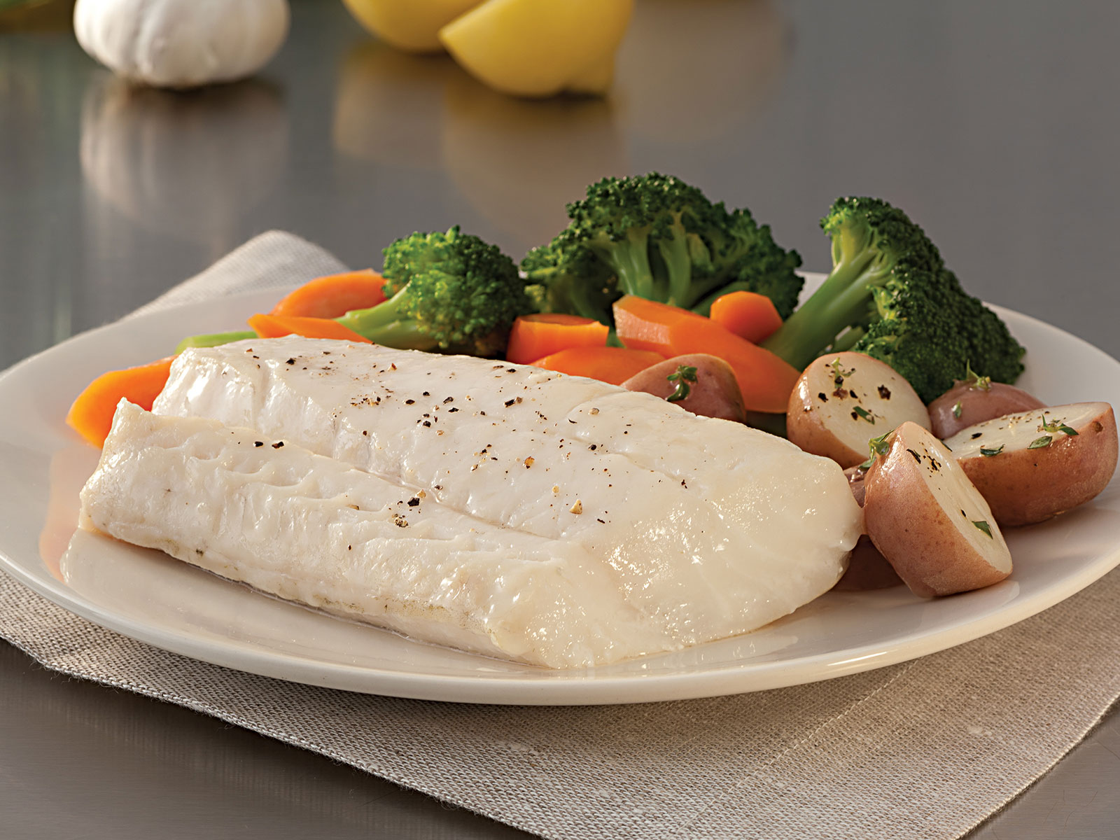 Cod Fillets 4-6 oz Skinless, Boned IQF (1/10#) 400049