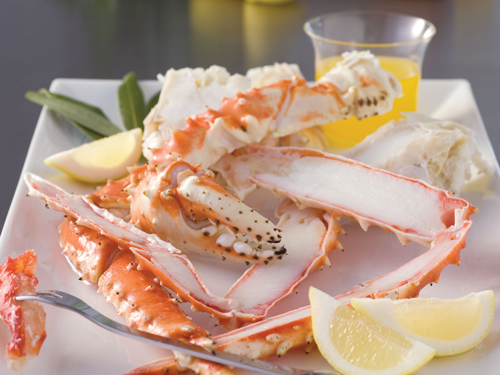 Red King Crab Legs & Claws 14-17 Count Splits (1/10 lb) 491829