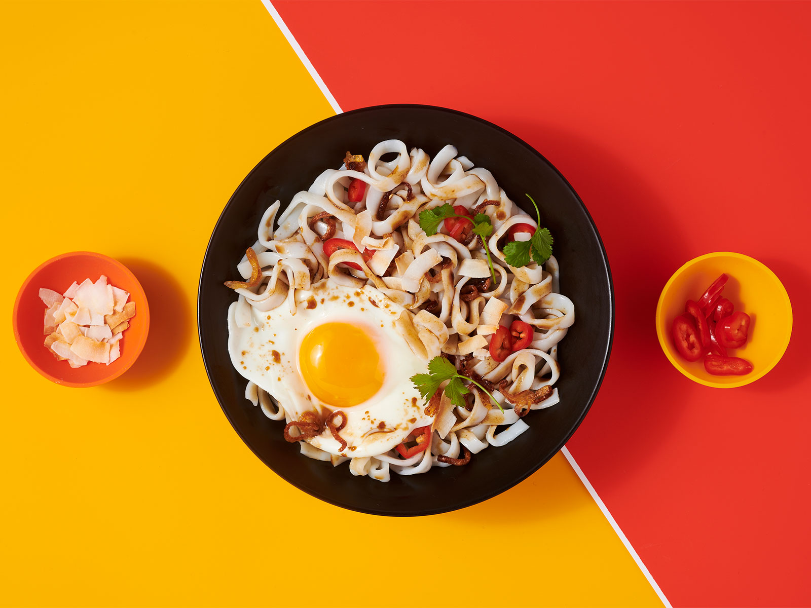 Malaysian Fried Eggs with Tamarind 10g Protein Noodles™