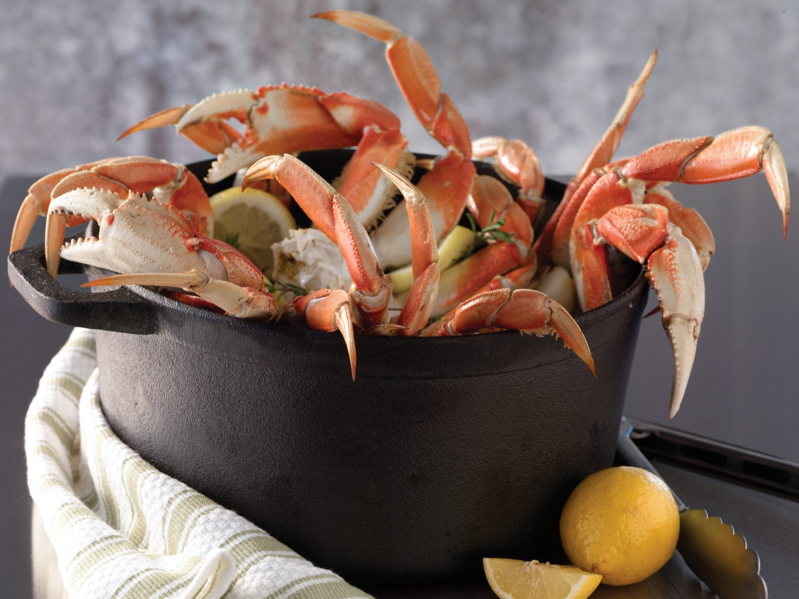 Dungeness Crab Sections (1/45 lb) 425292